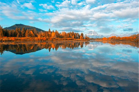 USA, Wyoming, Rockies, Rocky Mountains, Grand Teton, National Park, reflections of clouds and mount Moran at the Oxbow bend of the Snake river Stock Photo - Rights-Managed, Code: 862-08091559