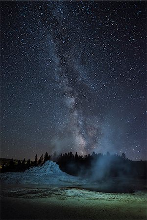 USA, Wyoming, Rockies, Rocky Mountains, Yellowstone, National Park, UNESCO, World Heritage, Castle geyser, upper geyser basin at night Stock Photo - Rights-Managed, Code: 862-08091566