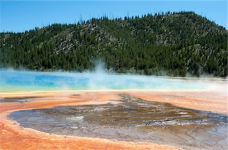 Grand Prismatic Spring in Yellowstone National Park, Wyoming, USA Stock Photo - Rights-Managed, Code: 862-08274046