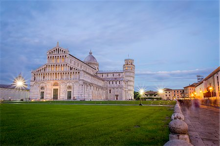 Pisa, Campo dei Miracoli, Tuscany. Cathedral and leaning tower at dusk, long exposure Stock Photo - Rights-Managed, Code: 862-08273458