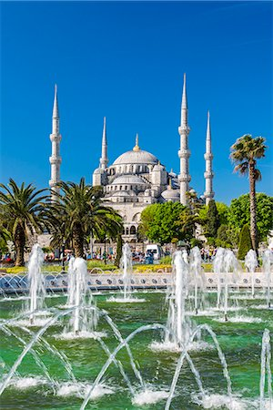 Sultan Ahmed Mosque or Blue Mosque, Sultanahmet, Istanbul, Turkey Stock Photo - Rights-Managed, Code: 862-08273897