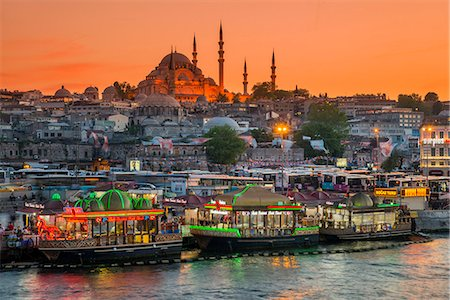 Suleymaniye Mosque and city skyline at sunset, Istanbul, Turkey Fotografie stock - Rights-Managed, Codice: 862-08273899