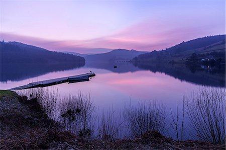 Europe, United Kingdom, England, Derbyshire, Ladybower Reservoir Stock Photo - Rights-Managed, Code: 862-08699050