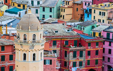 Vernazza, Cinque Terre, La Spezia, Liguria, Italy. Details of the colored houses of Vernazza. Stock Photo - Rights-Managed, Code: 862-08699415