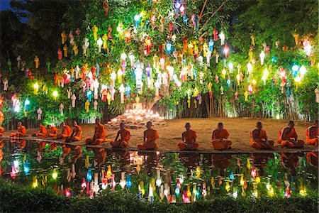 South East Asia, Thailand, Chiang Mai, Wat Phan Tao temple, monks celebrating Loi Kratong festival Stock Photo - Rights-Managed, Code: 862-08719718