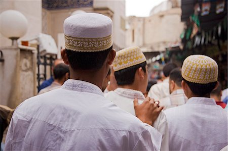 Boys make their way to the Sayyida Ruqayya Mosque in the Old City,Damascus,Syria Stock Photo - Rights-Managed, Code: 862-03354799