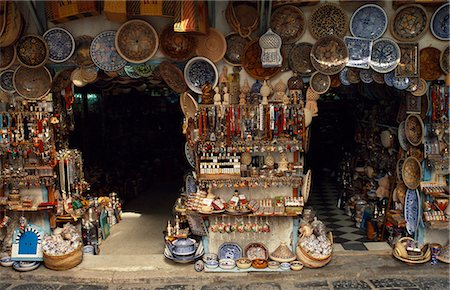 Market stalls sell ceramics,jewellery and bric a brac in the medina Stock Photo - Rights-Managed, Code: 862-03355021