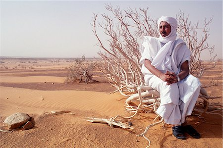 Mauritanian guide in the desert. Stock Photo - Rights-Managed, Code: 862-03364289