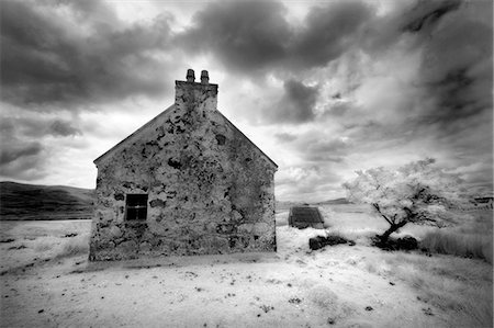 Infrared image of a derelict farmhouse near Arivruach, Isle of Lewis, Hebrides, Scotland, UK Stock Photo - Rights-Managed, Code: 862-03713388