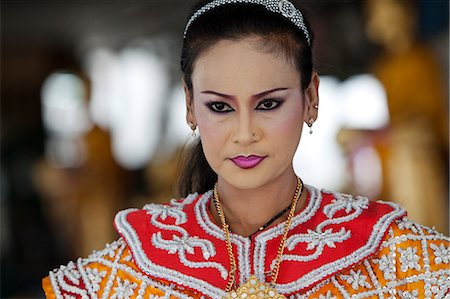 southeast asian - Bangkok, Thailand. A Thai dancer in traditional thai dress Stock Photo - Rights-Managed, Code: 862-03713801