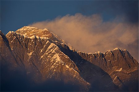 Nepal, Everest Region, Khumbu Valley. Mount Everest at sunset. Stock Photo - Rights-Managed, Code: 862-03731954
