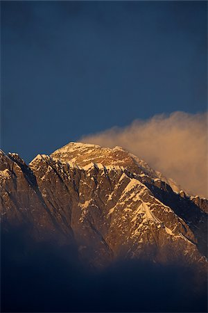 Nepal, Everest Region, Khumbu Valley. Mount Everest at sunset. Stock Photo - Rights-Managed, Code: 862-03731953