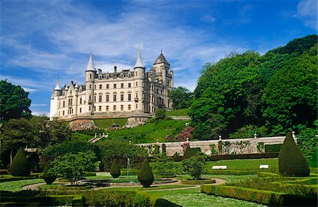 Dunrobin Castle, Golspie, Scotland. It dates  in part from the early 1300s. Stock Photo - Rights-Managed, Code: 862-03732280