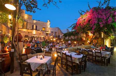 european cafe bar - Taverns in the Old Town of Chania, Crete, Greece Stock Photo - Rights-Managed, Code: 862-03888376