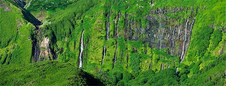 Waterfalls at Faja Grande. Flores, Azores islands, Portugal Stock Photo - Rights-Managed, Code: 862-03889292