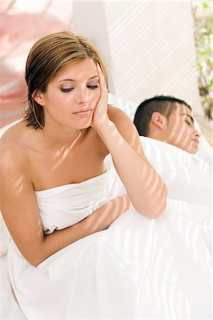 doing sex - Young couple in bed Stock Photo - Rights-Managed, Code: 877-06832861