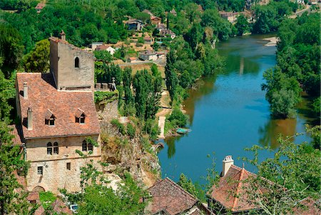france - Europe, France, Lot, Saint Cirq Lapopie village overlooking a meander of the Lot. Stock Photo - Rights-Managed, Code: 877-08128138