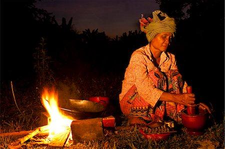 Camdodia, Ratanakiri Province, Kachon village, Kheang Leang cooking Stock Photo - Rights-Managed, Code: 877-08128324