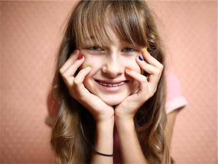 preteen girls faces photo - Portrait of a 11 years old teenager Stock Photo - Rights-Managed, Code: 877-08129144
