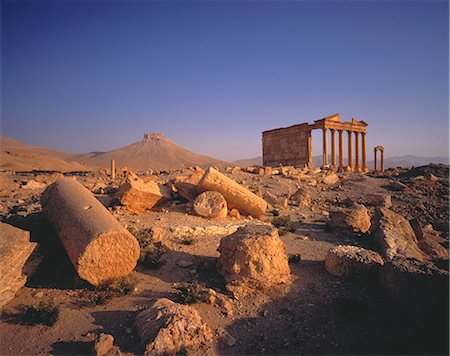 Columns in Desert Palmyra Ruins, Syria Stock Photo - Rights-Managed, Code: 873-06440340