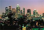 Toits de la ville à la nuit de Los Angeles, Californie, USA