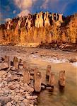Montagnes de cheminées de fées et néerlandais Creek en Colombie-Britannique, Canada