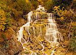 Ruisseau Cascade en automne Glacier National Park, Colombie-Britannique, Canada