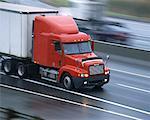 Camion de transport, excès de vitesse sur autoroute
