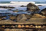 Rocky Shoreline, Boulder Bay, côte Atlantique, Afrique du Sud