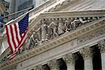 Bourse de New York et American Flag New York, New York, USA
