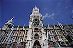 Levant au Old City Hall, Munich, Allemagne