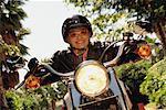 Mature femme moto