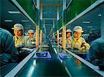 Arbeitnehmer in Computer Chip-Fertigung China