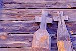 Sculptures en bois en croisés