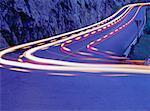 Légères stries sur la route, le Parc National Yoho, en Colombie-Britannique, Canada