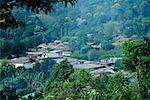 Vue d'ensemble du Nord de la Thaïlande un Village Meo