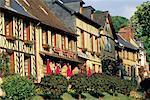 Rue de France, Normandie, dans le Bec-Hellouin