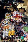 Réunion, vendeur de tissu et son étal
