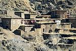 Maroc, maisons dans la vallée de l'Ourika