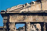 Italie, Rome, The Forum, temple de Castor et Pollux
