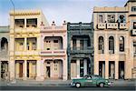 Cuba, Malecon, old american car
