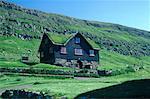 Danemark, îles Féroé, Streymoy, maison de campagne à Kirkjubons