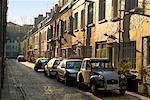 Voitures en stationnement sur rue