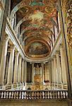 Peints au plafond Louvre Paris, France