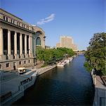Canal Rideau et les édifices gouvernementaux Ottawa, Ontario, Canada