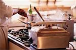 Chef au travail dans la cuisine