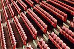 Sitzreihen leeren Stadion