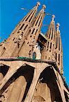 Stirnseite der Kirche Sangria Familia, Barcelona, Spanien