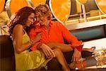 Couple en discothèque