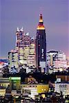 Shinjuku Park Tower et tour de Yoyogi, Tokyo, Japon